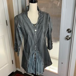 Parsley & Stage Tunic Top Artsy Button Lagenlook M